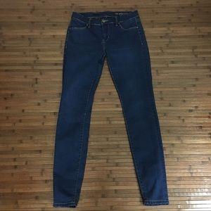 Blanknyc Low Rise Dark Wash Skinny Jeans Jegging